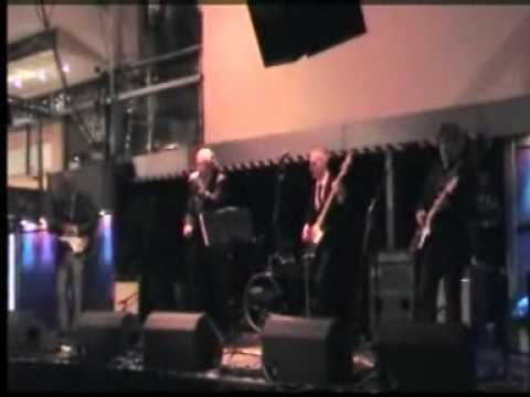 Hard To Handle   live@The Ferry