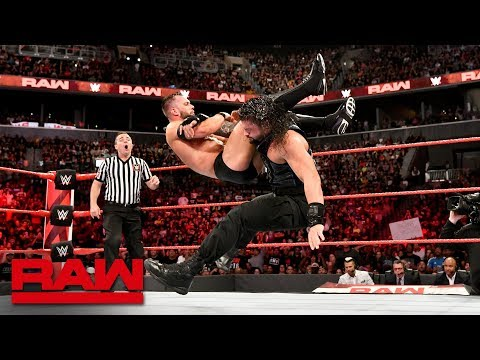 Roman Reigns vs. Finn Bálor - Universal Championship Match: Raw, Aug. 20, 2018