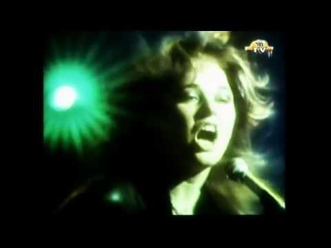 Suzi Quatro - 48 Crash ( Original Promo Video 1973 )