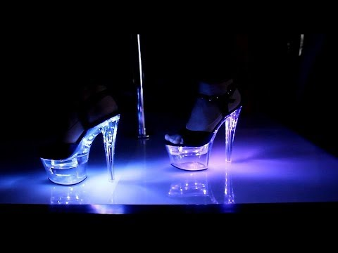 Review Pleaser Flashdance LED Party Light Up 7 Inch High Heels