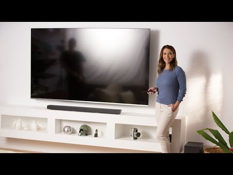 "Sofie explores the Samsung 82"" NU8000 Premium UHD TV"