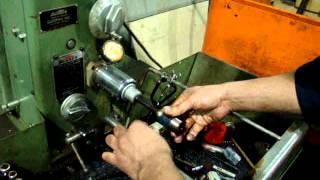 How to change honing machine tools