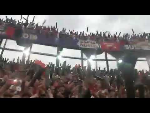 """""""Colon de Santa Fe en la Nueva Olla Asunción del Paraguay"""" Barra: Los de Siempre • Club: Colón"""