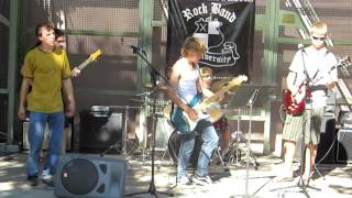 Childers Boys Play AC/DC's Back in Black