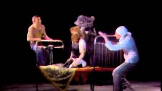 Смотреть онлайн ТелеСпектакль «Зойкина квартира», 1988