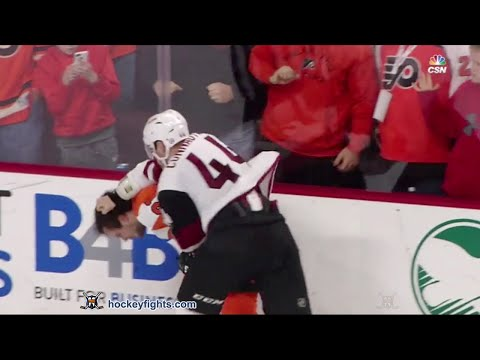 Scott Laughton vs. Kevin Connauton