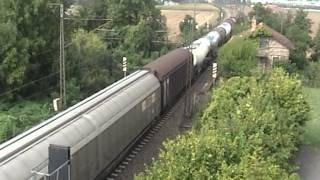 preview picture of video 'Misc. Trains / ICE, IC, IR, Güterzug, HLB TW, Uhingen-West, 19.09.2009.'