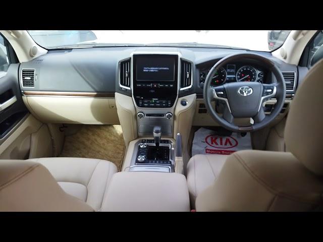 Toyota Land Cruiser ZX 2018 for Sale in Karachi