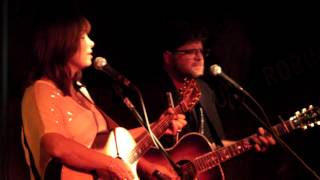 I still miss someone - Suzy Bogguss