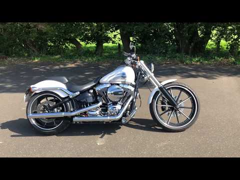 2016 FXSB Softail Breakout 103, in Crushed Ice Pearl Vance and Hines Short Shots
