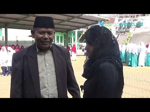 Kenakan Sarung dan Busana Muslim, Ponpes Misbachunnur Peringati HUT RI