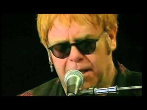 Elton John - Pinball Wizard - Sydney 2002