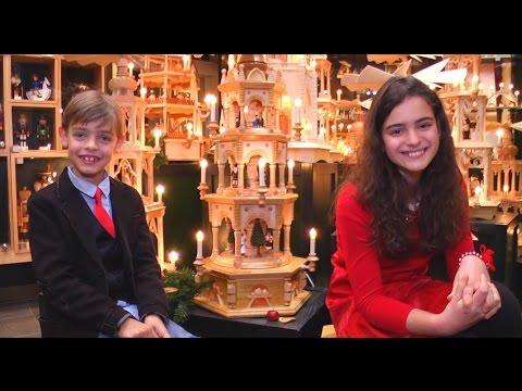 Im Weihnachtslied 2016 begleitet Charlie Win zum ersten mal seine Schwester Sissi auch musikalisch. Mit