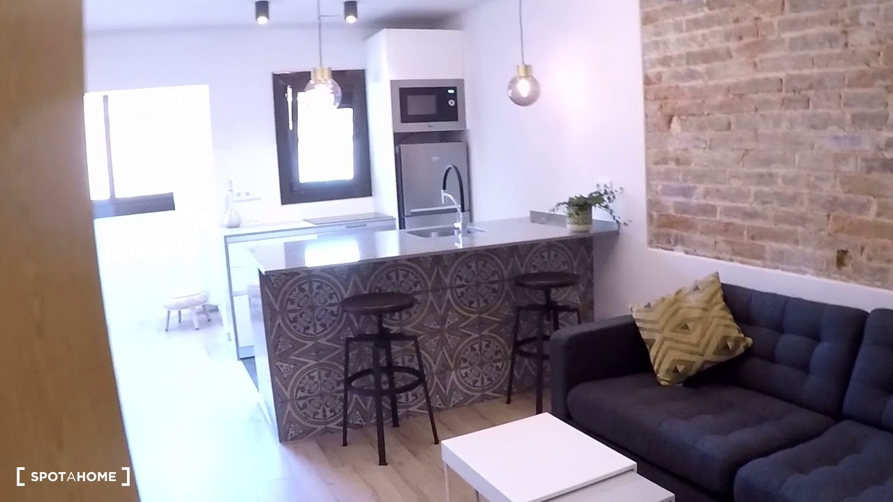 Stylish studio apartment for rent in Poble-sec