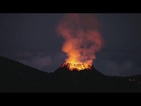 The Piton de la Fournaise volcano: Sparks fly on France's Reunion Island