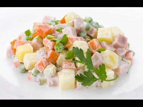 Оливье салат. Рецепт классический. Салат Оливье. Оливье с колбасой.