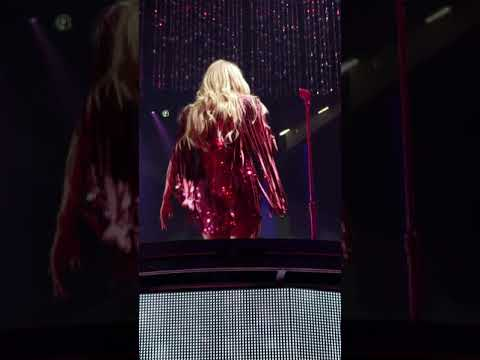 Carrie Underwood Cry Pretty (Cry Pretty Tour) Live Greensboro NC  May 1, 2019