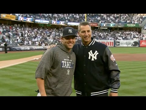 ALCS Gm5: Andy Pettitte tosses ceremonial first pitch