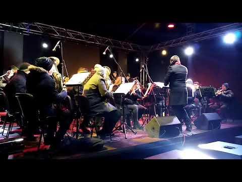 Оркестар Ђеновић и најхрабрији Требињци пркосили зими (ВИДЕО)