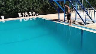 preview picture of video 'اروع سباحة تحت الماء 25م بنفس واحد لاتنسو زر '