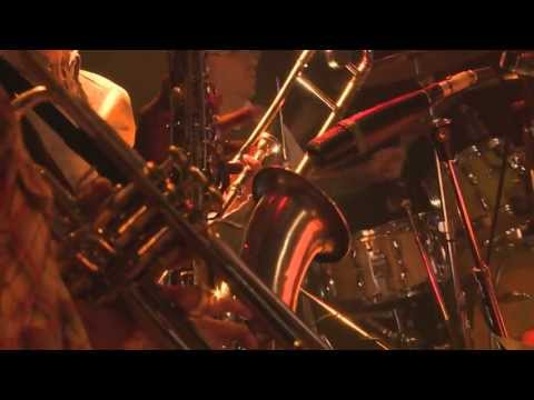 In The Air Tonight (Phil Collins) - AWESOME video with 12 piece band!!