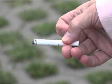 Fel kellene hagynom egy lányt, ha dohányzik?