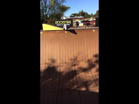 Sierra Kerr skateboarding video Vert age 8