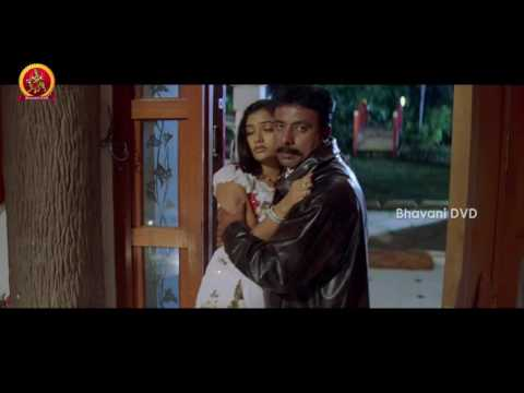 Madhu Shalini's Husband Love Scene With Naga Valli - Kalpana Guest House Horror Movie Scenes
