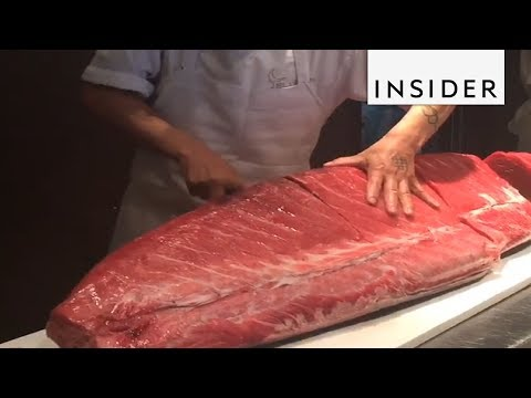 Sushi Chef Is Knife Master