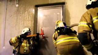 preview picture of video 'Landesfeuerwehrschule Salzburg beim Training'