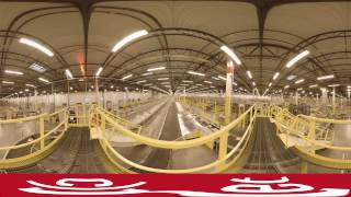 See inside an Amazon warehouse in 360 degrees