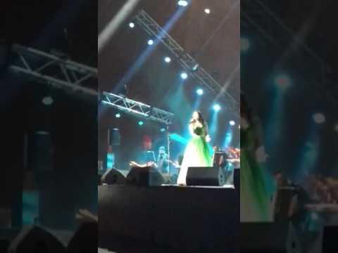 حفل المطربة شيرين عبد الوهاب مهرجانات ضبية - قلة النوم ٦-٧-٢٠١٧