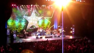 Ringo Starr's 70th Birthday Concert - 1. Radio City Introduction / It Don't Come Easy