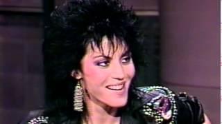 Joan Jett - Roadrunner + interview [1990]