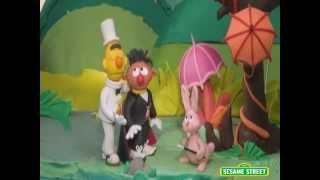 Sesame Street: Bert and Ernie's Great Adventures -- Magicians