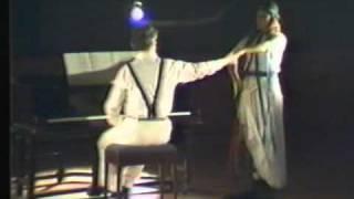 Michael Finnissy plays Reels Kris Donovan dances