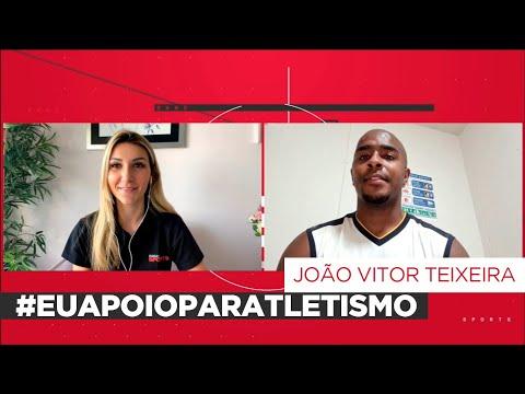 JOÃO VICTOR TEIXEIRA ENSINOU A COMEMORAÇÃO OFICIAL PARA A REPÓRTER ISABELLA AYAMI
