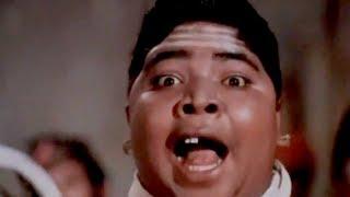 Bombay To Goa Comedy Scenes - Pakoda - Mehmood