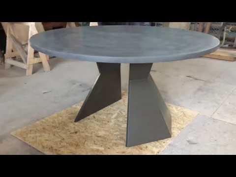 столы из бетона на заказ