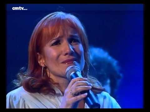Pimpinela video Yo, dueña de la noche - CM Vivo 2001