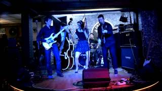 Video The MayHems - Rockabilly Rhytm (cover)