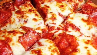 The Real Reason 300 Pizza Hut Locations Are Closing
