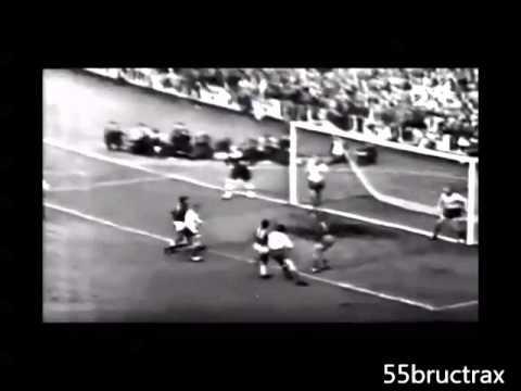 1958 17-year-old Pelé vs Sweden - WORLD CUP FINAL