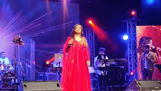 Dhadak Title Track Live By Shreya Ghoshal In Mumbai