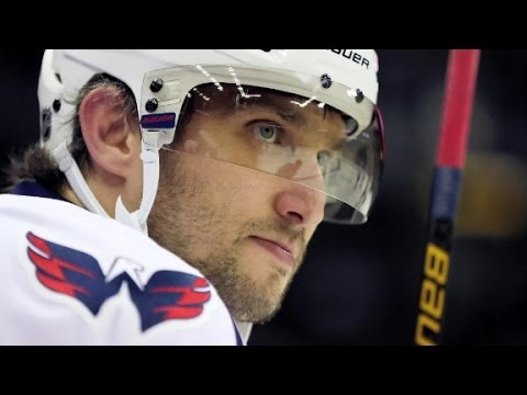 Hockey star Ovechkin reaches 1,000 points