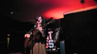 Gabrielle Aplin - Ready To Question (live)