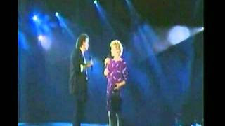 Anne Murray & DAVE Loggins-Nobody Loves Me Like You Do