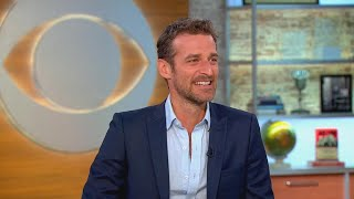 Alexi Lubomirski on how he got the queen to smile in royal wedding photo