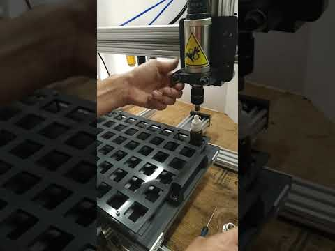 How to set tray positions on capper