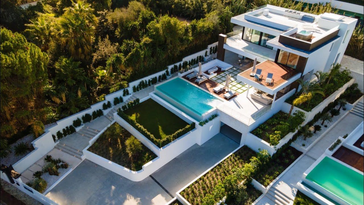 Super Stylish Contemporary Villa with La Concha Views, Nueva Andalucía